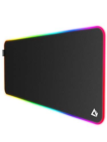 AUKEY Tappetino Mouse RGB Gaming Mouse Pad Grande con 11 Effetti Luce Preimpostati per Tastiera, PC e Laptop, 900x400x4mm, XL