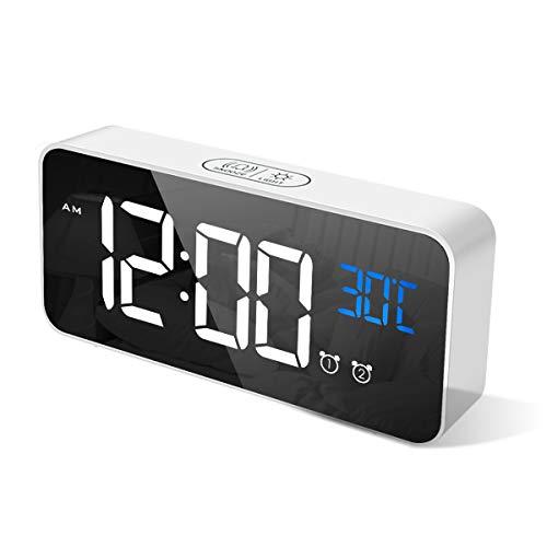 CHEREEKI Sveglia Digitale, LED Sveglia da Comodino con Temperature, 2 Sveglie, Snooze, 12/24 Ore per Casa e Ufficio (Bianca)