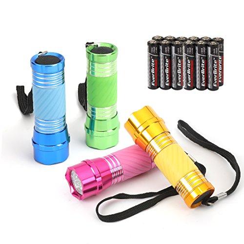 EverBrite 4 Pezzi Torce Elettriche LED Portachiave, Torcia Portatile Set, Pile della Luce per Campeggio, Escursioni, Caccia, Zaino in Spalla Inclusi Cordino, 12 x AAA Batterie