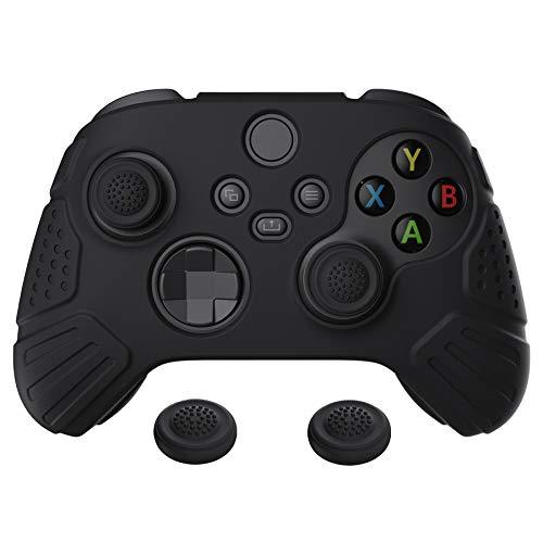 eXtremeRate PlayVital Cover Skin per Xbox Series X S Controller Joystick Custodia Protettiva in Silicone Gomma Antiscivolo con 2 Gommini Coprilevette Analogiche-Guardian Edizione(Nero)