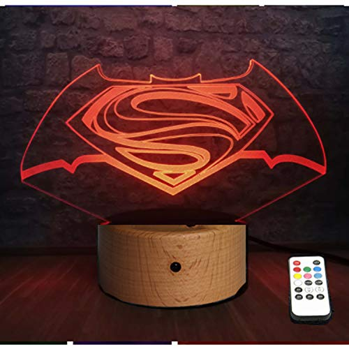 Lampada da Tavolo LED Originale per la Decorazione. Base in Legno. Regalo per Bambini. Modello 2021 (Batman/Superman)