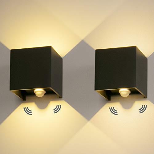 LEDMO 2 Pezzi 12W Lampada da Parete Con Sensore di Movimento Per esterno/interno LED Applique Parete Moderno Cubo Nero Lampada da Muro 3000K Bianco Caldo Luci a Parete in Alluminio Impermeabile IP65