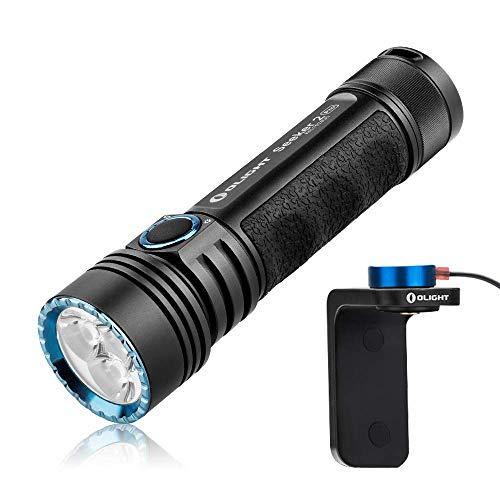 Olight Seeker 2 PRO Torcia Ricaricabile 3200 Lumen Torcia Potente con 3 LED CW, Distanza Max di Luce fino al 250 Metri, 5 Modalità di illuminazione, Impermbile 2 M, Ideale per Outdoor e Uso in Casa