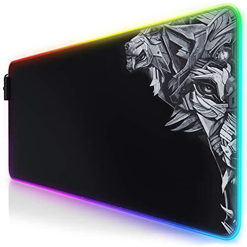 TITANWOLF - RGB Tappetino per Mouse da Gioco XXL - Mouse Pad Gaming - 800x300mm - 11 LED Colori e Effetti di Luce - Precisione e velocità - Lato Inferiore gommato - Lavabile - per Computer PC e Laptop