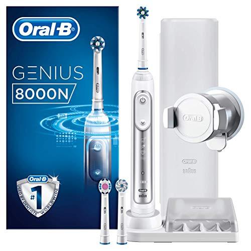 Oral-B Genius 8000N Spazzolino Elettrico Ricaricabile, 1 Manico Argento, 5 Modalita' tra cui Sbiancante e Denti Sensibili, 3 Testine di Ricambio